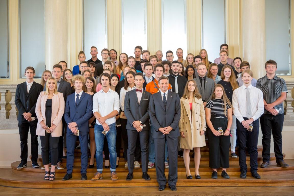 Sprejem 6. generacije prejemnikov zlatih priznanj MEPI pri predsedniku RS