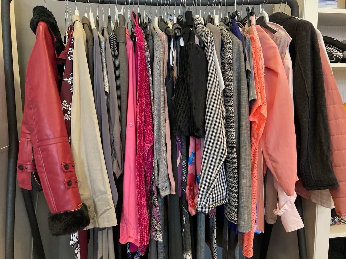 Zeleni mesec navdihuje: akcija zbiranja oblačil na Britanski mednarodni šoli v Ljubljani